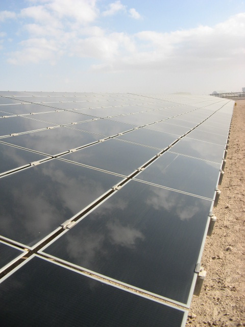 Masdar City solar power plant. Credit: Marika Krakowiak / ZacharyShahan.com.